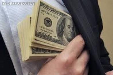 В Одессе на черном рынке взлетел доллар к праздникам