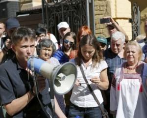 Савченко взялась за обмен пленных