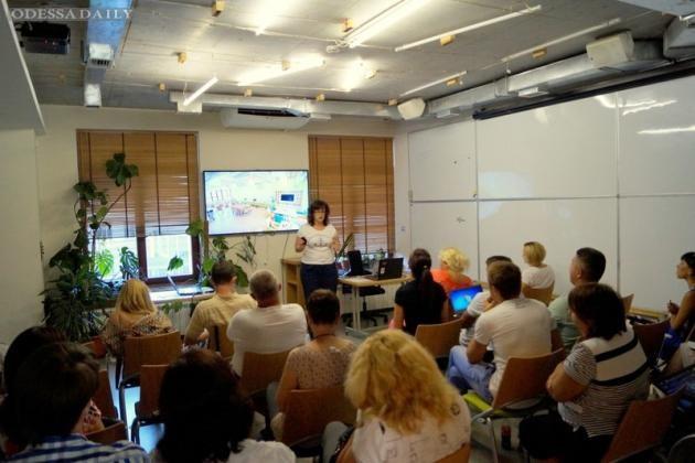 Чебуречная, школа женственности, бюро экскурсий - бизнес переселенцев в Одессе