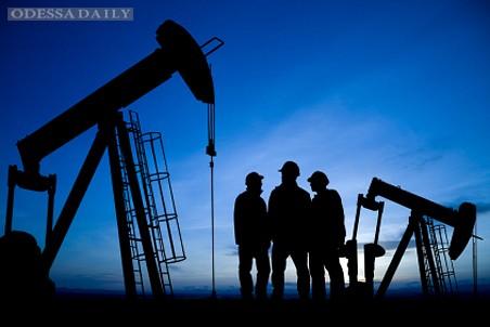 Цена нефти марки WTI рухнула до 54$, Brent — до 59$