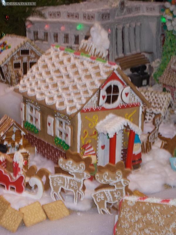 Светлана Виноградова: Пряничный домик от «Фабрики Санты»