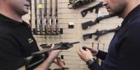 Украинцам предлагают добровольно сдать оружие