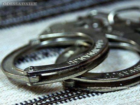 В Одесском аэропорту задержали молдаванина, разыскиваемого Интерполом