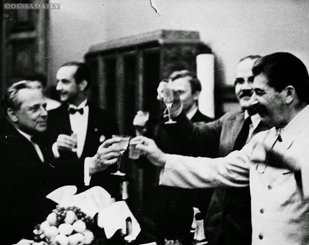 «Гитлер сделал Сталину предложение, от которого тот не смог отказаться»