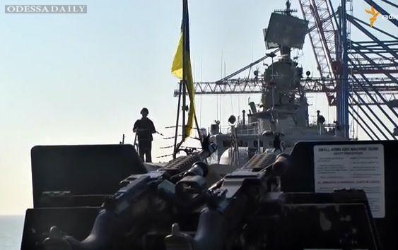 Опубликовано видео совместных учений украинского фрегата Гетман Сагайдачный и американского эсминца