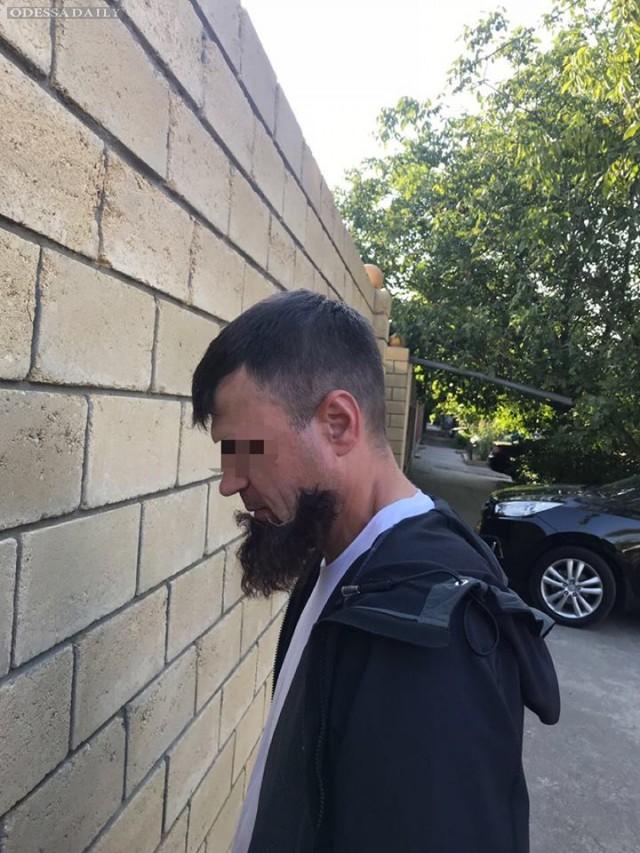 В Одессе у приднестровского киллера отклеилась борода