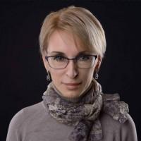 Liza Bogutskaya: Порошенко - двигай телом! На выход!