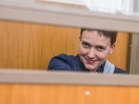 Порошенко раскрыл детали переговоров с Путиным о Савченко и других узниках