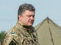На Донбассе теперь воюют только контрактники - Порошенко