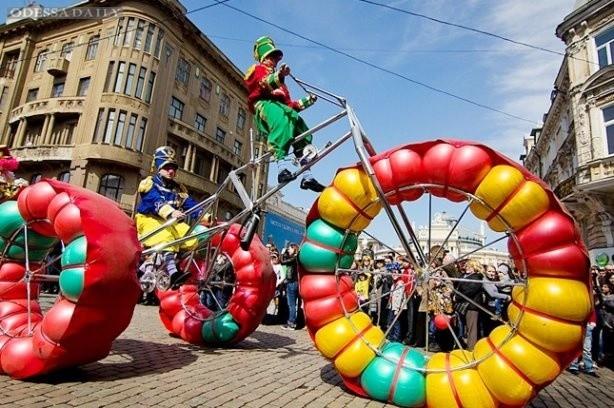 Ляпис, Кондратюк и конкурс поедания пончиков: программа Юморины-2017 в Одессе