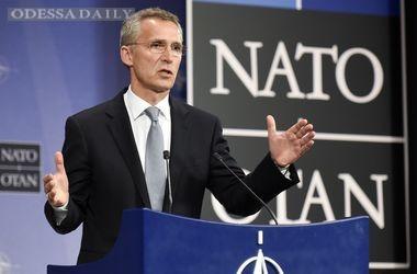 НАТО создаст новые штабы в странах, граничащих с Украиной