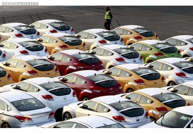 Украина увеличила импорт автотранспорта в январе на 12%