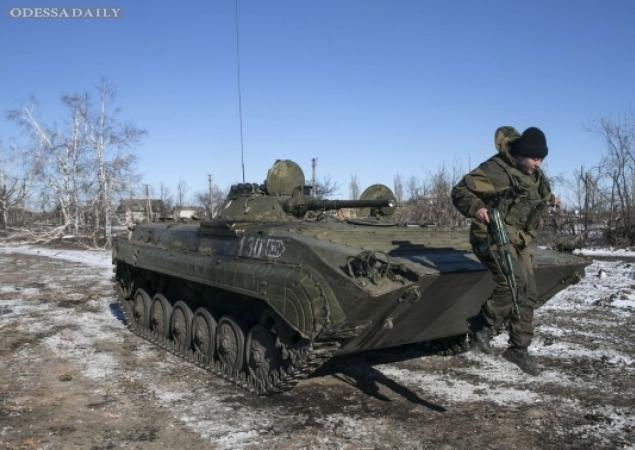 Боевики ночью дважды штурмовали позиции АТО под Мариуполем