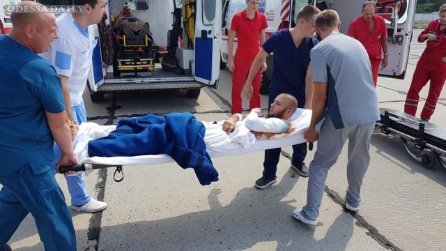 Раненых украинских военных доставили в Одесский военный госпиталь