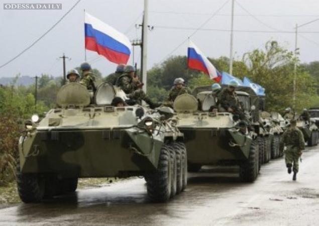 В оккупированном Крыму издеваются над украинскими военными и угрожают ссылкой. ВИДЕО