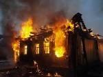 На пожаре спасли человека