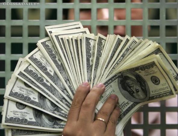 Нацбанк за 4 дня купил на межбанке более 275 миллионов долларов