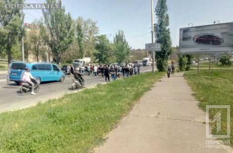 В районе Автовокзала наблюдаются пробки из-за похорон ромского барона