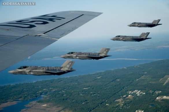 Правозащитники сообщили о нанесении международной коалицией авиаударов по армии Асада