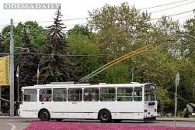 Труханов заказал пять троллейбусов с Wi-Fi, кондиционерами и видеокамерами в салоне