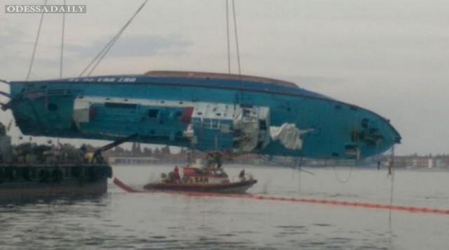 Количество жертв крушения катера Иволга возросло до 20 человек