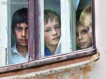 Права сирот и люстрация или еще раз о директоре центра профобразования Сущенко