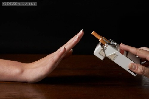 62% украинцев не курят и 16% вообще не употребляют алкогольные напитки — опрос