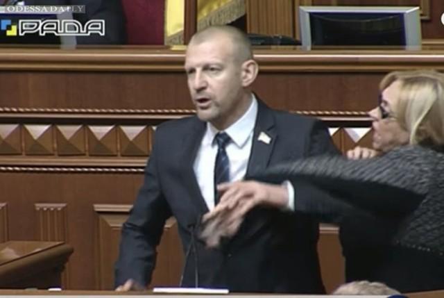 Геращенко: Будет проведено расследование драки Кужель и Тетерука