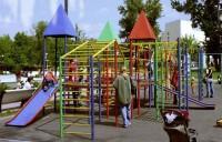 Кто в ответе за здоровье малышей на детской площадке?