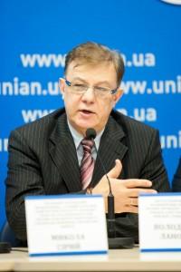 Владимир Лановой: Повышение тарифов или как власть напоследок хочет вынуть деньги из наших карманов