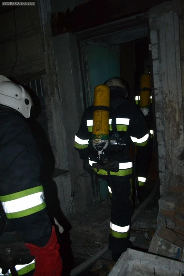 Спасатели ликвидировали пожар в подвале на Дерибасовской
