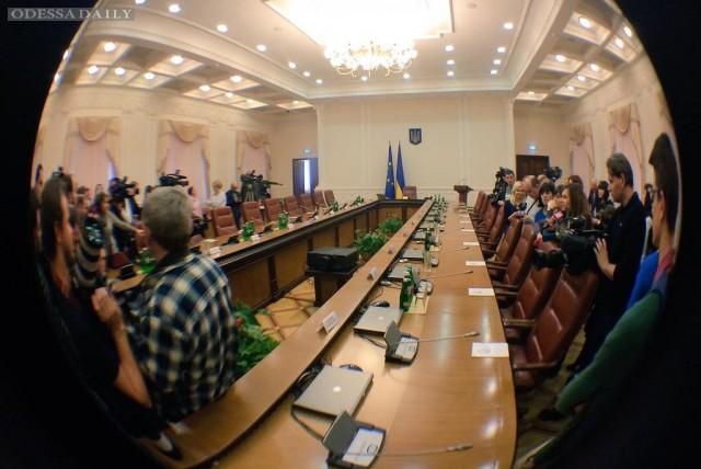 В БПП уже собрались менять состав Кабмина по результатам выборов