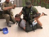 В Кривом Рогу во время показательного выступления военных прострелили шею журналисту