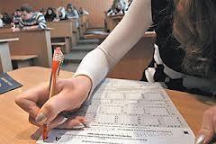 Из-за скандала с тестами могут вернуть вступительные экзамены, — специалист