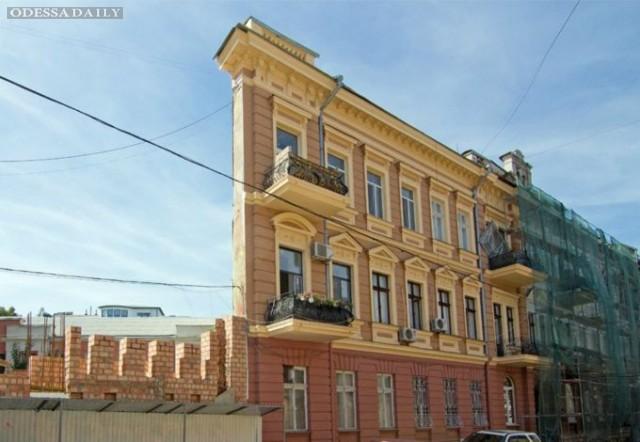 Одесский горсовет рассмотрит проект землеотвода возле «дома-стены»