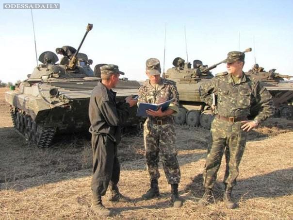 Бойцы Одесской мехбригады рассказали журналистам о своей повседневной жизни (ВИДЕО)