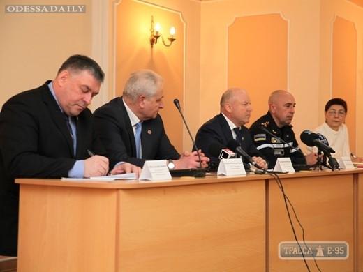 Мэрия Одессы готовится закрыть город для грузовиков на период рождественского снегопада