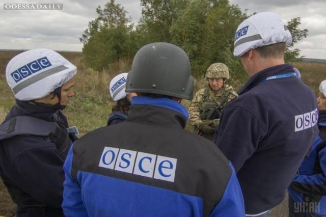 Миссия ОБСЕ возобновила патрулирование в Донбассе