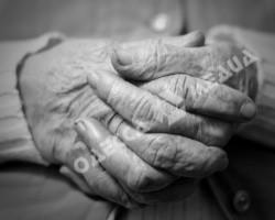 В Одессе внучка три дня удерживала в квартире и морила голодом травмированную бабушку