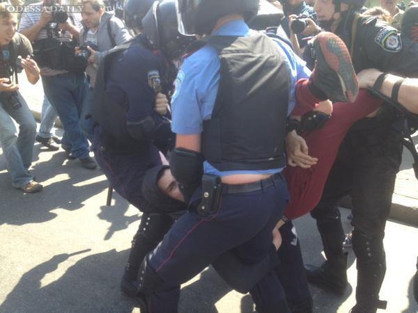 Из-за потасовки на митинге коммунистов в Киеве задержаны 19 человек - МВД