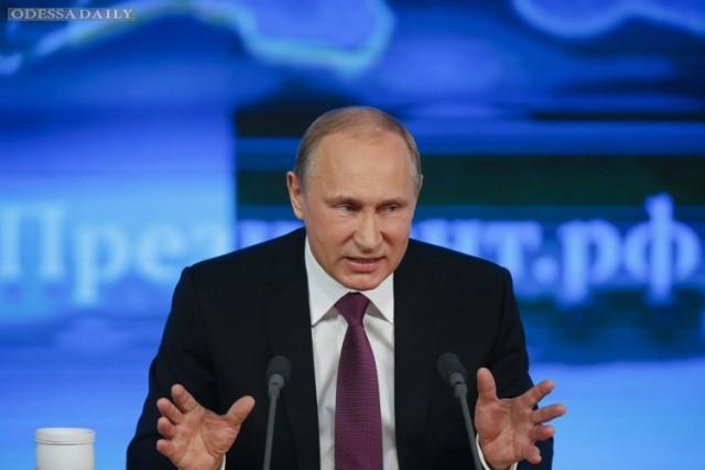 Путин приказал уничтожать цели, угрожающие российской авиагруппе в Сирии