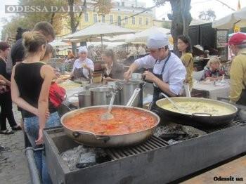 На Дерибасовской работает городская ярмарка