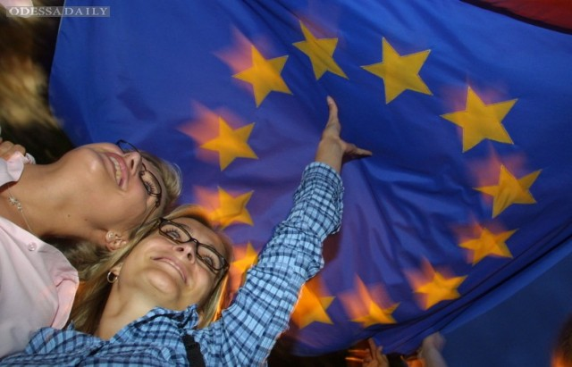 Европарламент одобрил безвиз для Украины