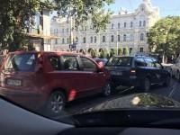 Готовимся к пробкам: на выходных в центре Одессы ограничат движение