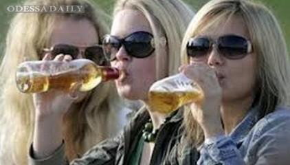 Янукович одобрил повышение акциза на алкоголь