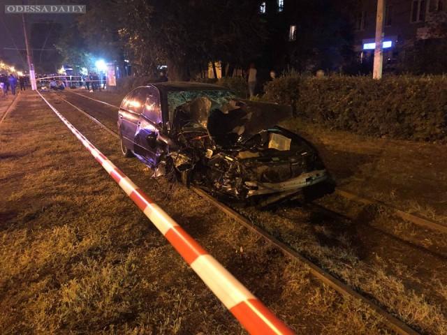 ДТП в Одессе на Фонтанской дороге: двое погибших, пятеро пострадавших