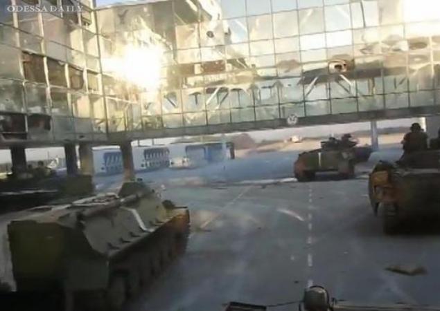 Боевики обстреляли позиции сил АТО из танков и артиллерии