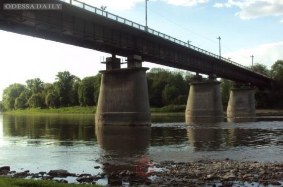 Мост на трассе Одесса-Рени перекроют на полгода