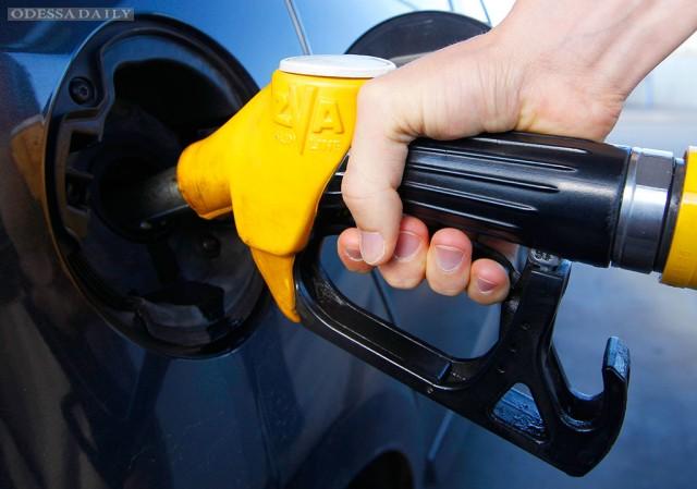 В Украине подешевели бензин и дизель