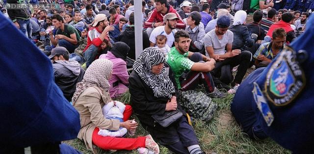 Количество беженцев, прибывших в Германию, значительно превысило прогнозы